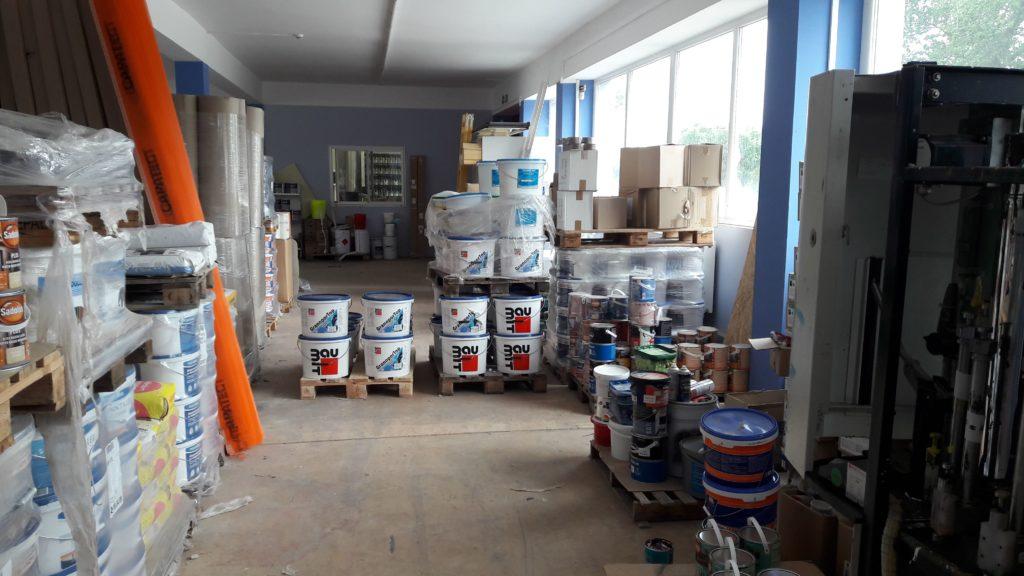Festékáruház raktár